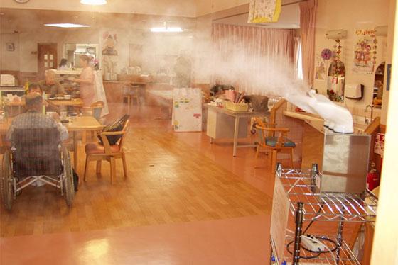 院内感染を予防する、除菌消臭剤の噴霧システム